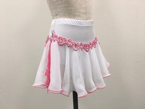 ピンクモチーフのデコレーションスカート