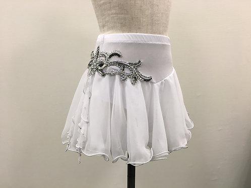 シルバーモチーフのデコレーションスカート