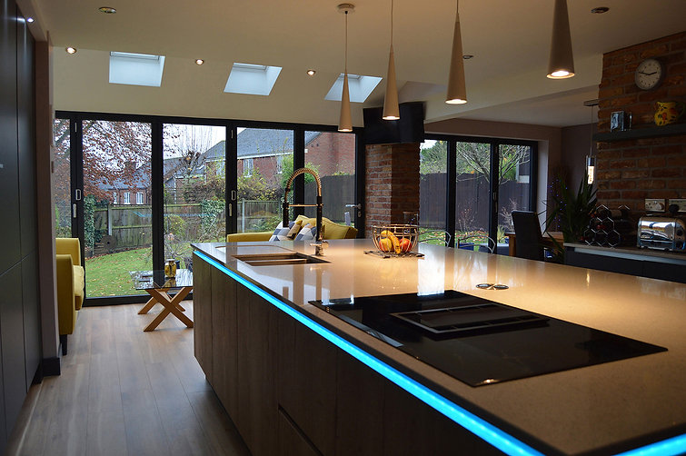 German Handleless Modern Fitted Kitchen, designed and supplied by Kitchen Craft Design Chesterfield & Sheffield