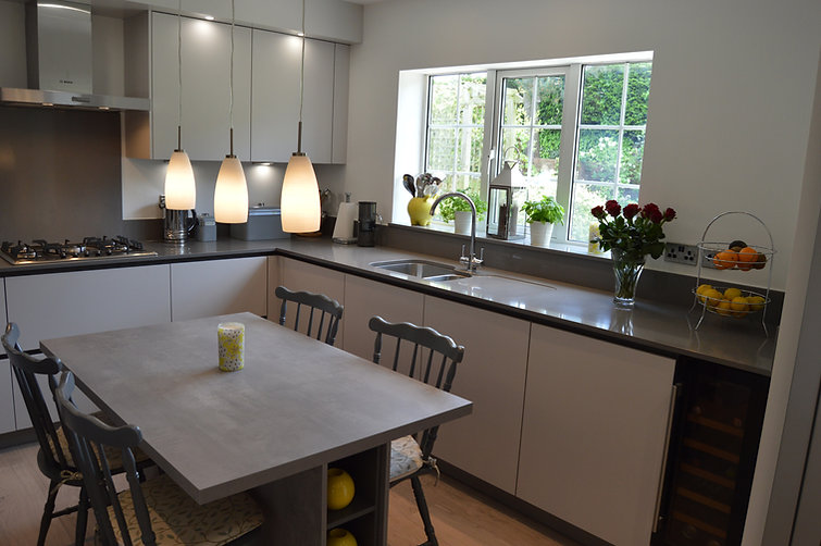 Modern German Handleless Fitted Kitchen, designed and supplied by Kitchen Craft Design Chesterfield & Sheffield