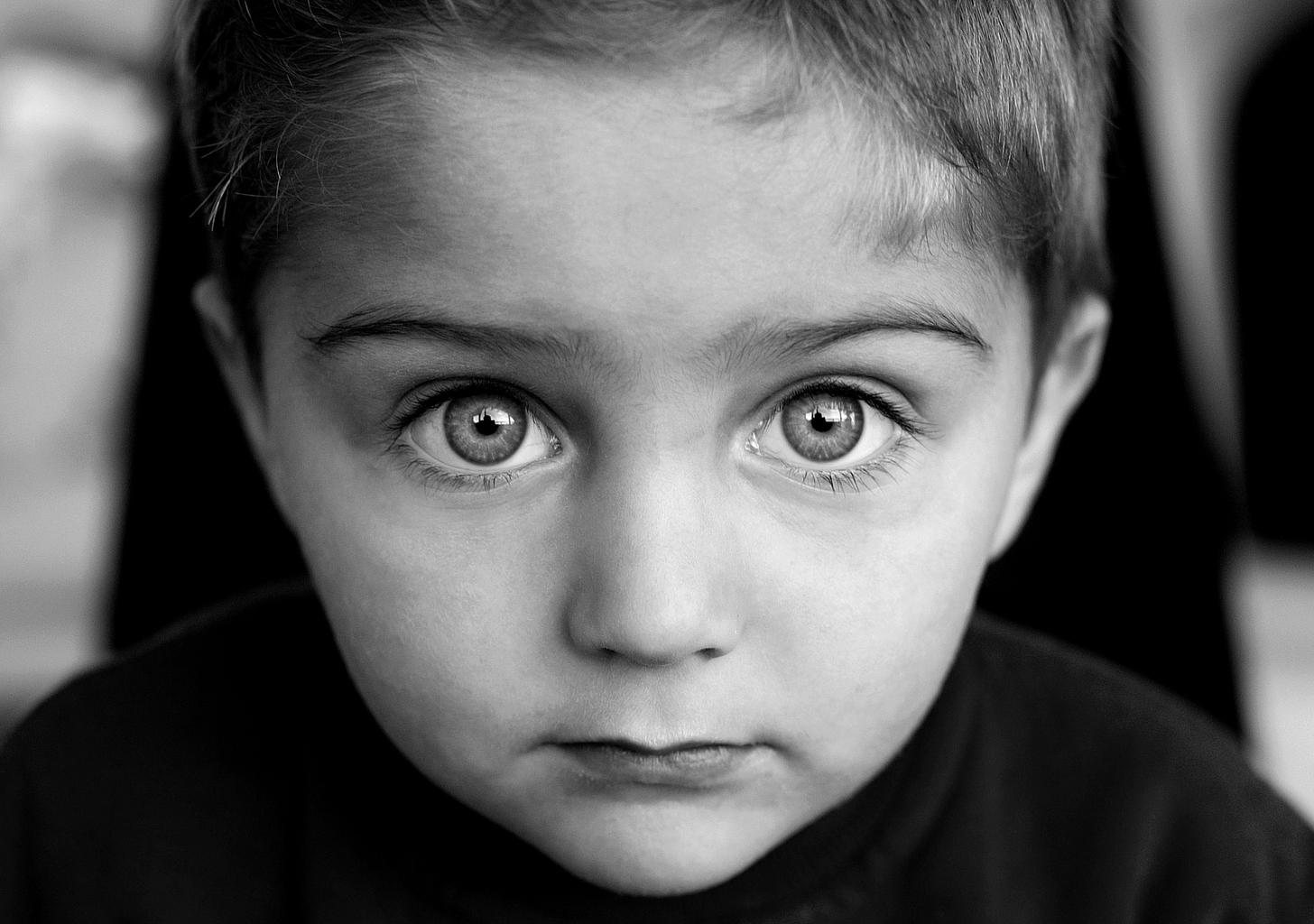 niño ojosb