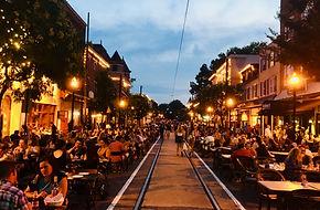 Dining Under The Stars in MediaPA.  Photo by BLAIR/DigitalMedia