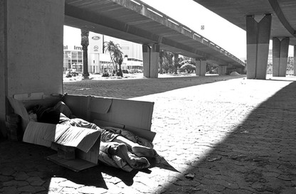 24 - IMG0024 - Living in a Box - City Streets - Cape Town - 04-09-2014.jpg