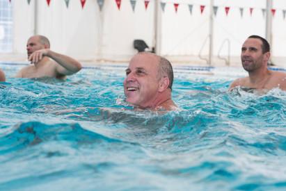 אימון אקווה ג'ים בבריכה