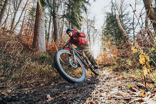 Outdoor Mountainbike Portrait.jpg
