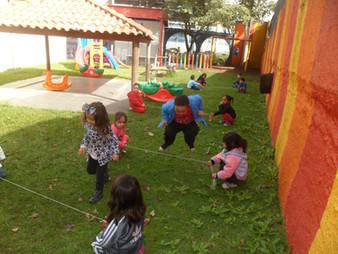 Brincadeira dirigida no parque CEM.JPG