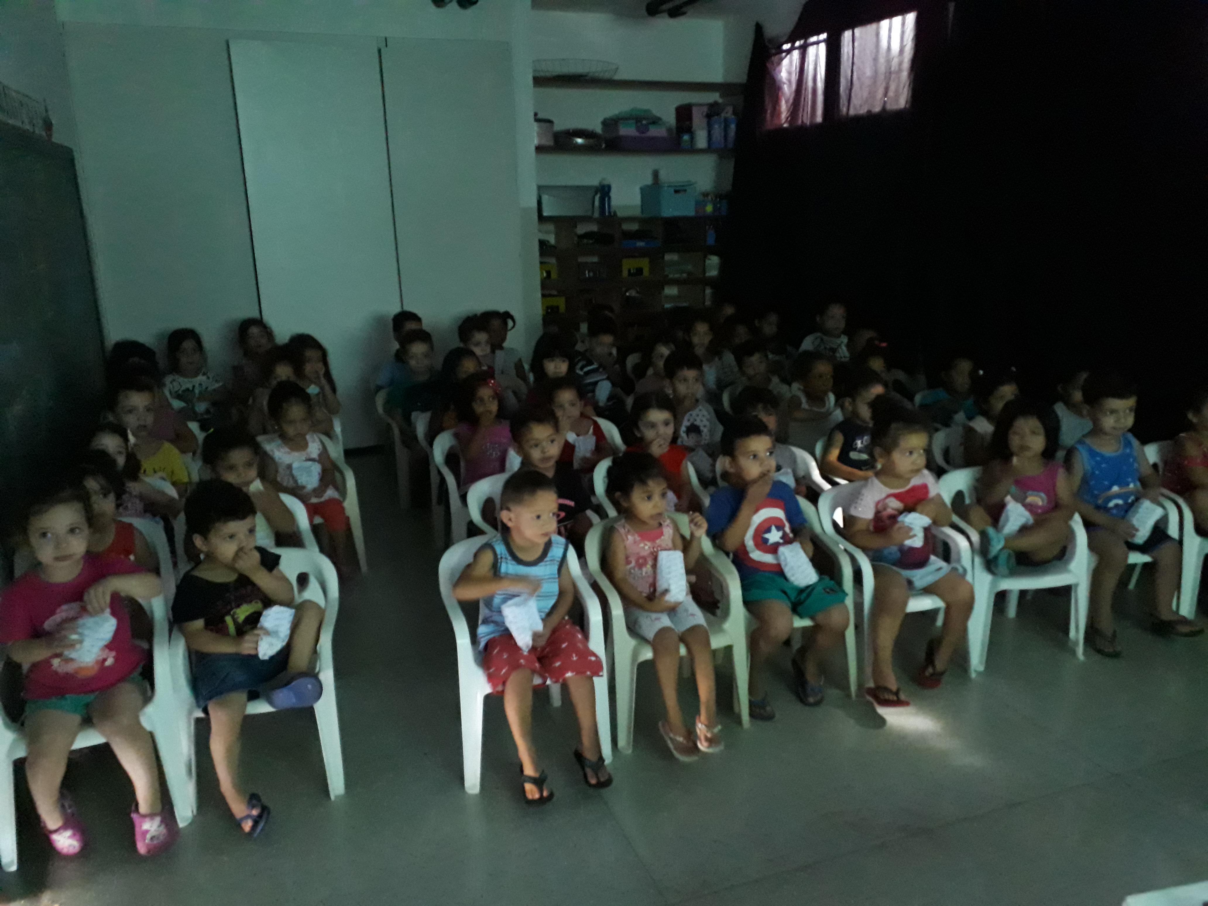 Semana_das_Crianças_-_Sessão_Cinema_CEM