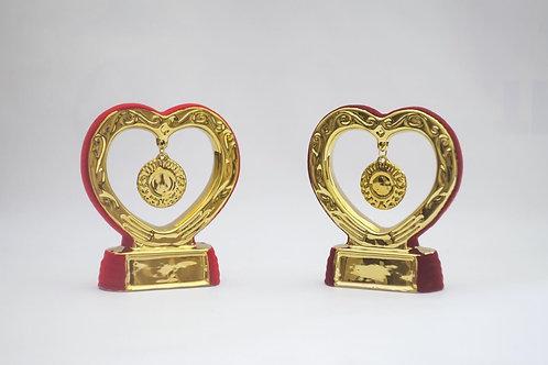 Нагорода- СЕРДЦЕ з медаллю