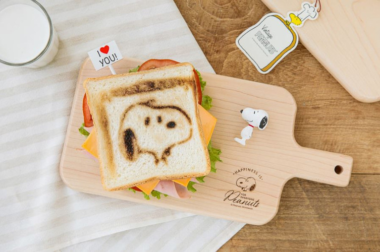10x10 Snoopy Wood Plate
