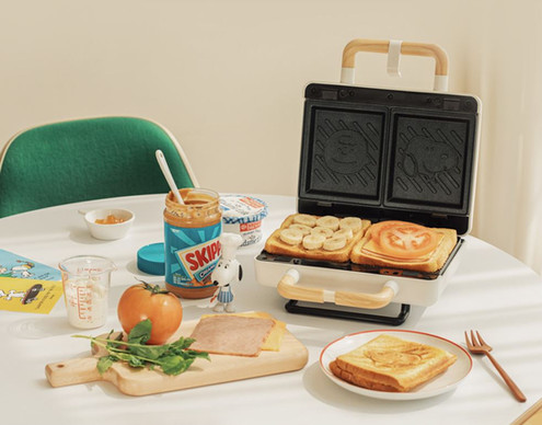 10X10 Snoopy Retro Sandwich Maker