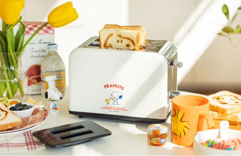 10X10 Snoopy Retro Toaster
