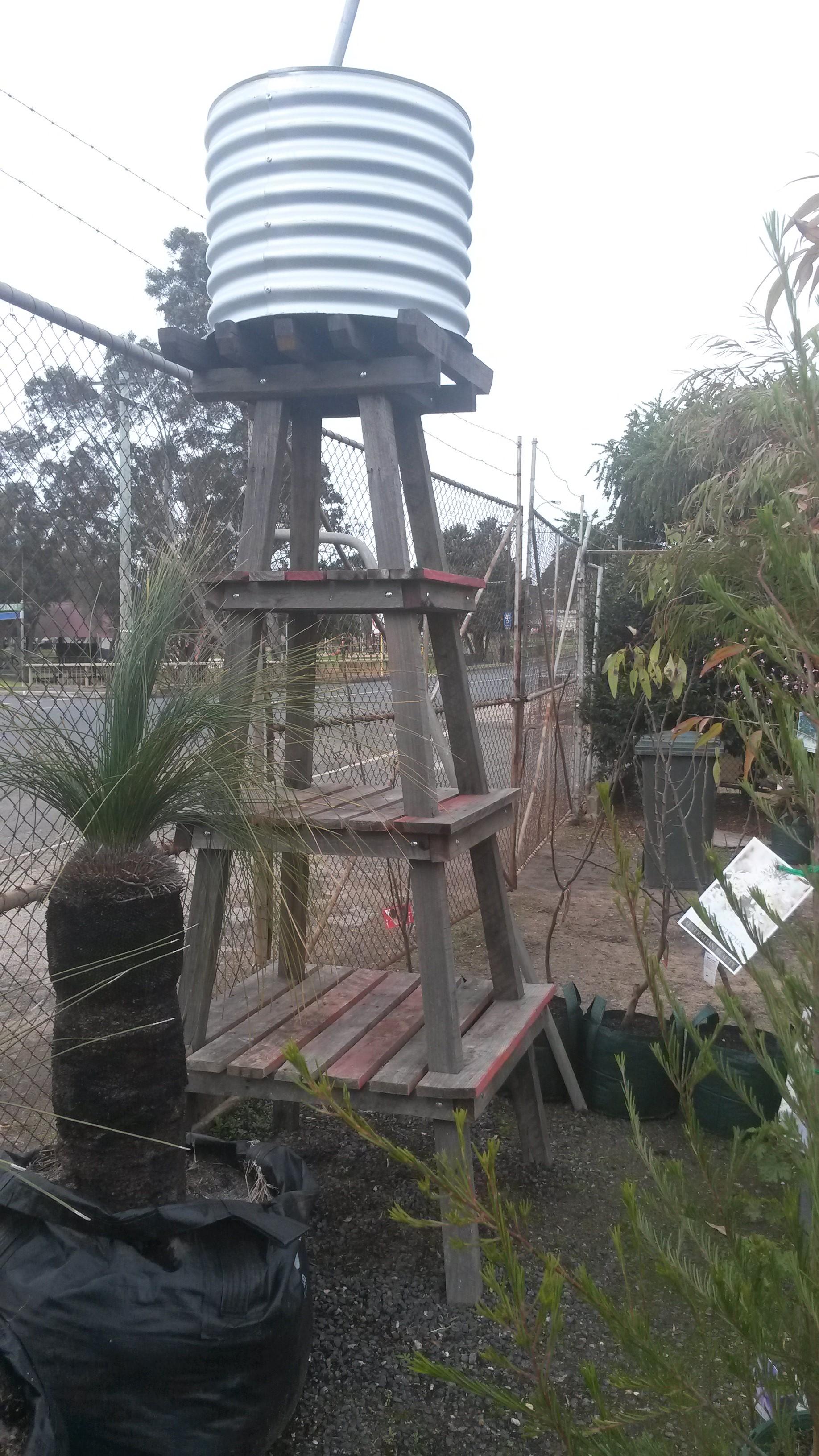 Tall tank stand