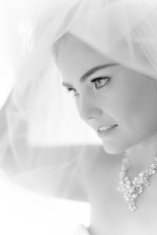 wedding-photography-veil-black-white-pho