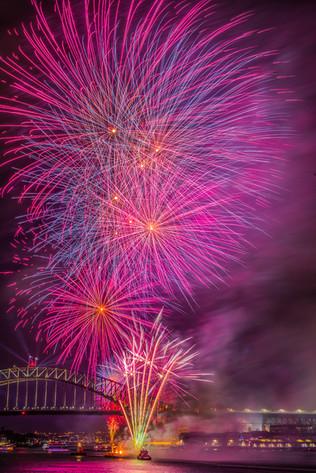 sydney-new-years-eve-fireworks-goat-isla