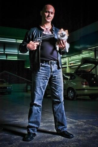steve-bastoni-actor-sydney-portait-dog-c