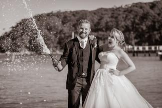 sydney-clifton-gardens-wedding-sergeants