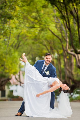 street-photography-wedding-highkick-kick