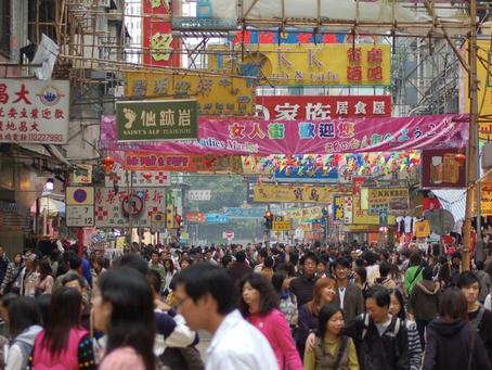 A sanghaji szöcskeárustól a kommunista cenzúráig