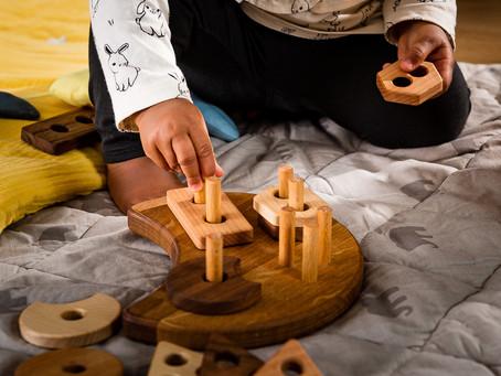 Quels sont les avantages des jouets en bois ?