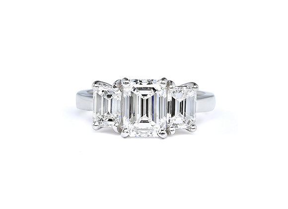 Three Stone Emerald Diamond