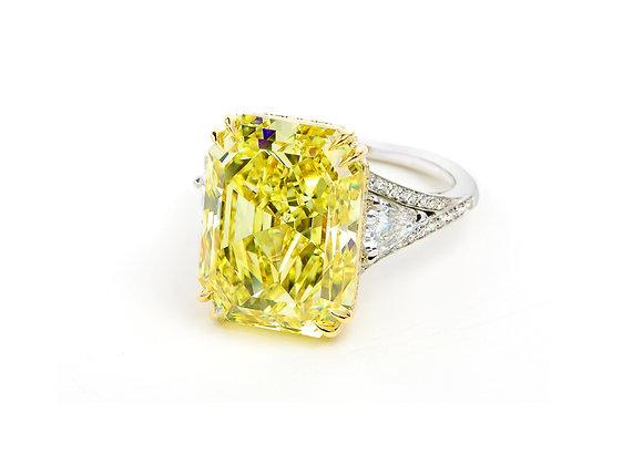 10ct Emerald Fancy Intense Yellow Diamond