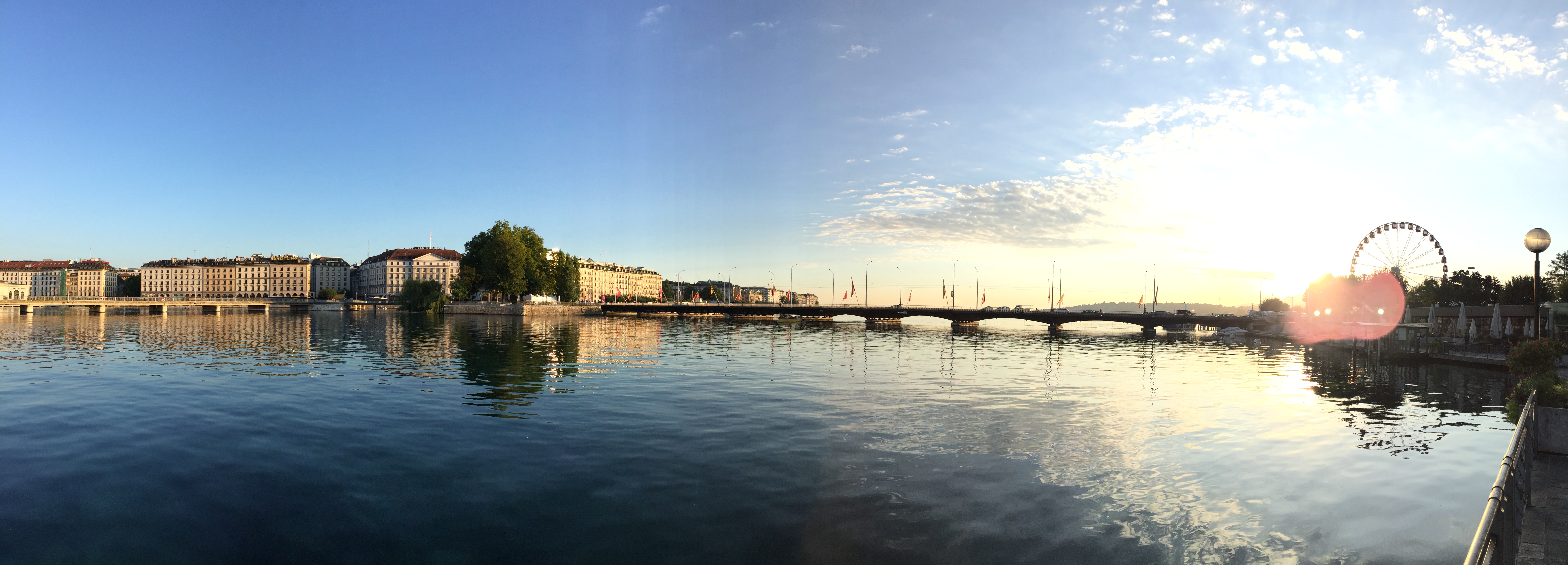 pont_du_Mont-Blanc_et_l'île_Rousseau