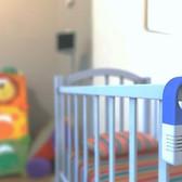 3010-Digital-Audio-Baby-Monitor-Designed-in-Italy_inUse-726x468_edited.jpg