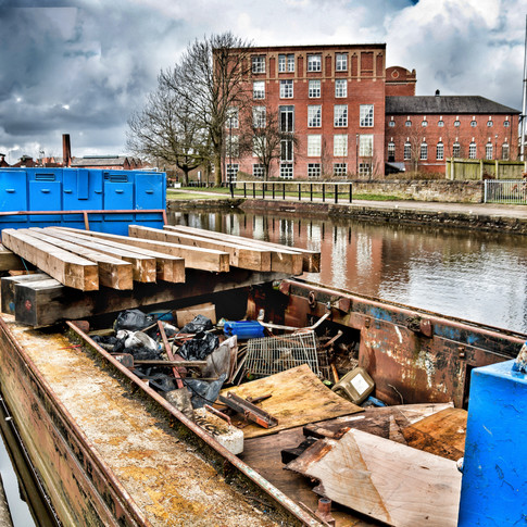 THE WORKING BARGE