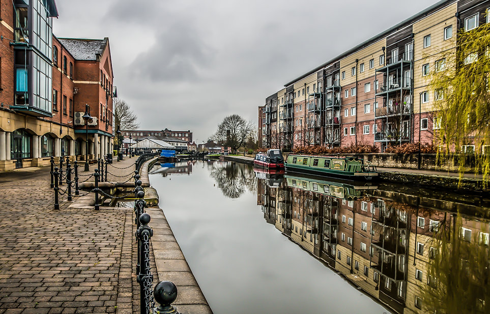 leeds liverpool canal, wigan.jpg