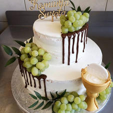 Tort komunijny z winogronami