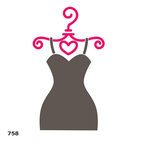 758 שבלונה שמלה תלויה על קולב מסוגנן