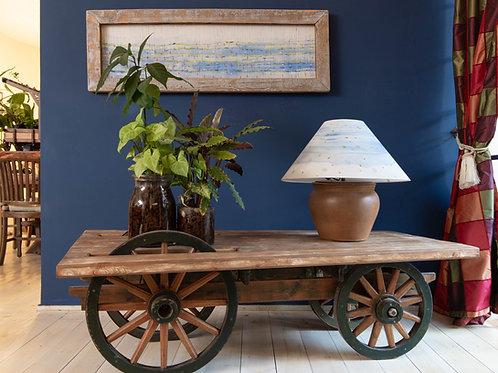 2501010 שולחן עץ מלא לסלון על גלגלי עץ אמיתיים