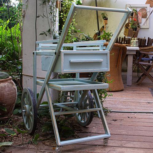 2501017 עגלת קפה/נשיאה/לבית ולגינה בעלת גלגלי עץ