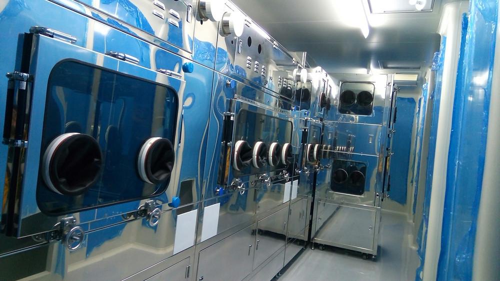 無塵室設備:8.5米超大無菌操作台