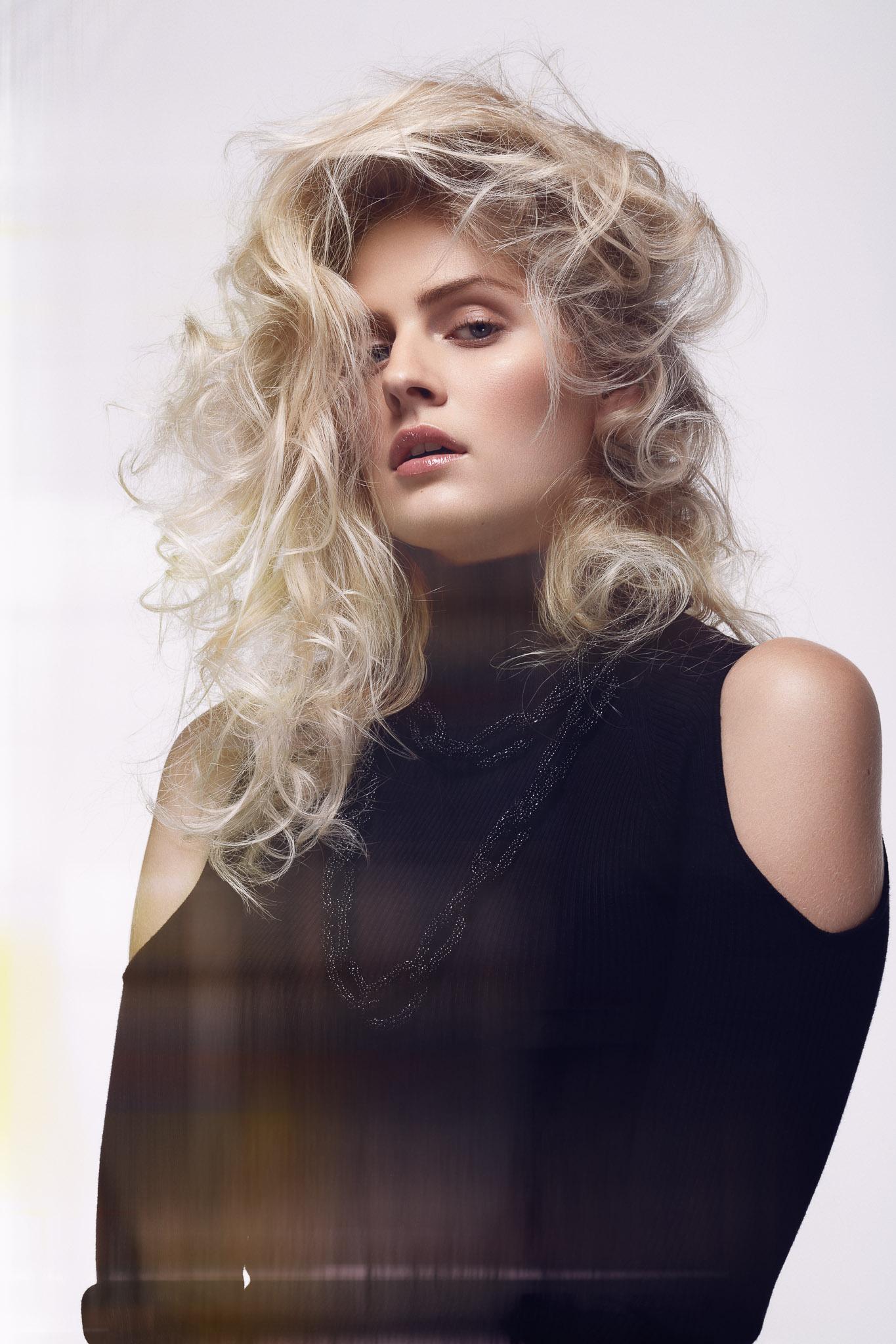 Photo©Pascal_LATIL_-Hair©Mickael_Ribeiro_-_Trendy_-__WEB_-_15