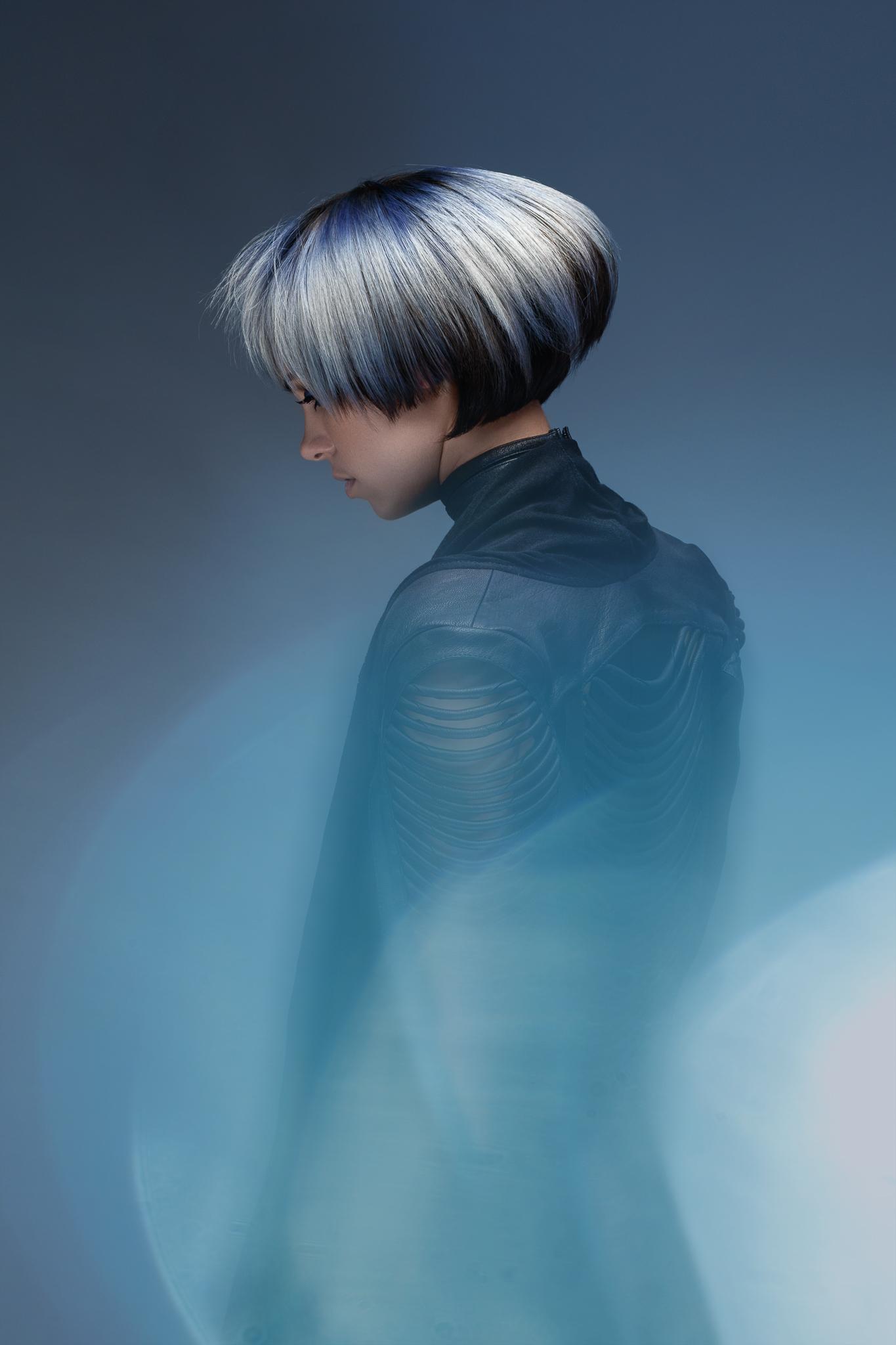 Photo©Pascal_LATIL_-Elie_Valiere_-_Bleu_-_Light_Web_-_4