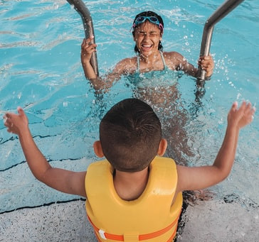 Prevent Swimmer's Ear This Summer With These Smart Tips