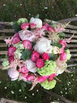 Bouquet Pivoines et Roses branchues