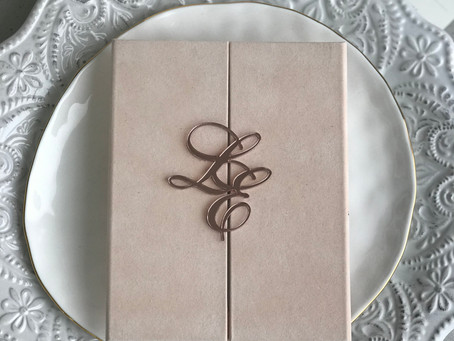 3 Reasons Why You Should Choose Custom Wedding Invitations