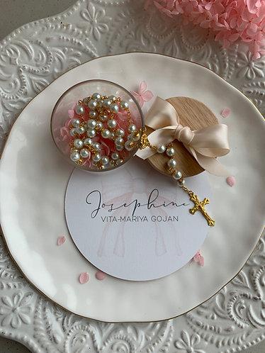 Josephine  -Gift