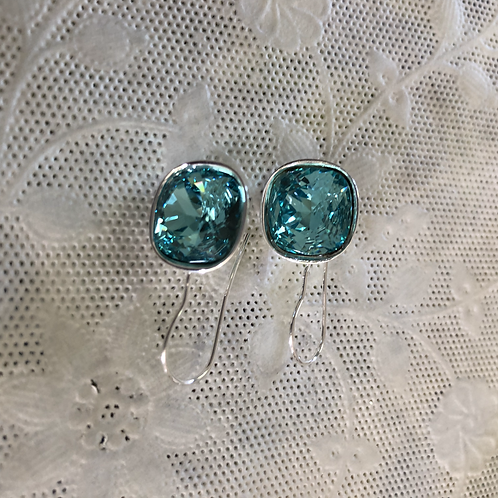 Silverplated earring hooks with aqua faceted Swarovski pillows#8