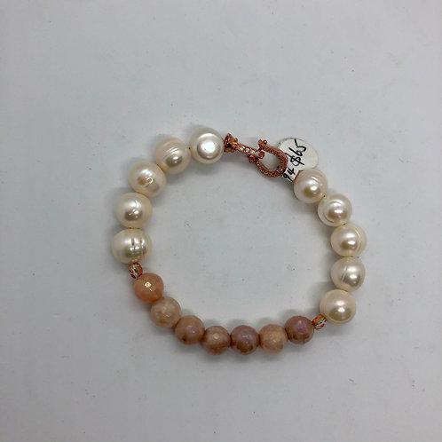 Roz Worme Creations Bracelet