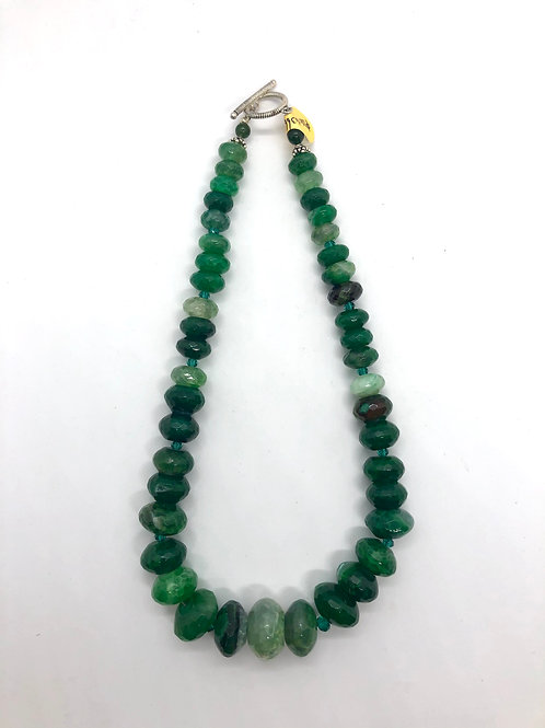 "18"" graduated green agate with sterling silver #38"