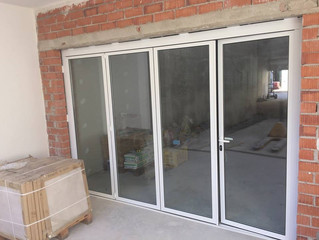 Cerramientos plegables en Castellon / Folding doors in Castellon