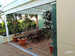 Instalación Techo de cristal con Cortinas de cristal / Installation  Glass Roof with Framelss glass
