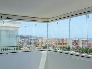 Cortinas de cristal en Benicasim / Frameless glass doors in Benicasim