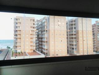 Cortinas de cristal en Marina d'Or / Frameless glass doors in Marina d'Or