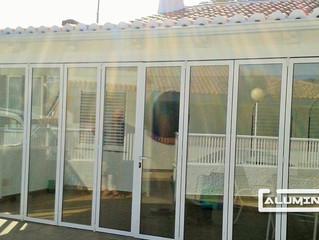 Puertas plegables en Murcia / Folding doors in Murcia