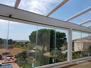 Cortinas de cristal en Montornes / Frameless glass doors in Montornes