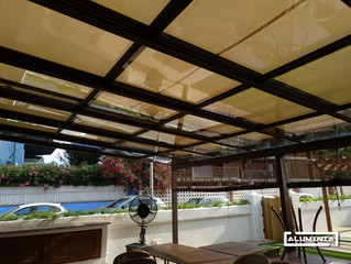 Techo motorizado de vidrio / Motorized roof with glass